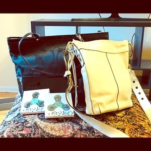 OFFERS? Coach tote + FREE coach & hand spinner